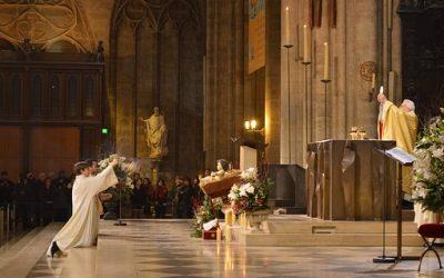 Onko messu kirkon toiminnan keskus?